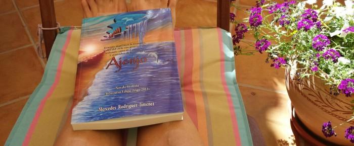 Participa campaña leyendo Ajenjo